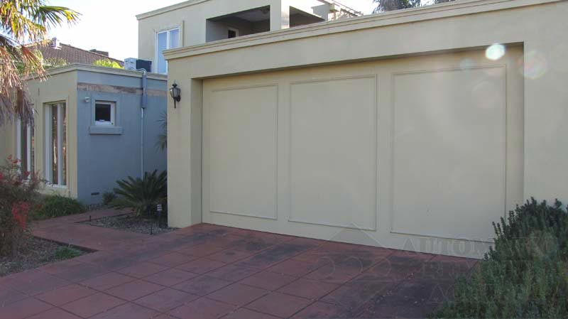 Tilt Garage door by ARA