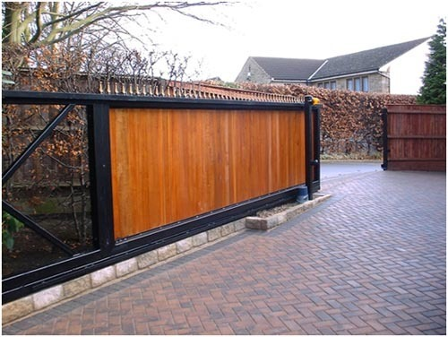 electric sliding gate openers