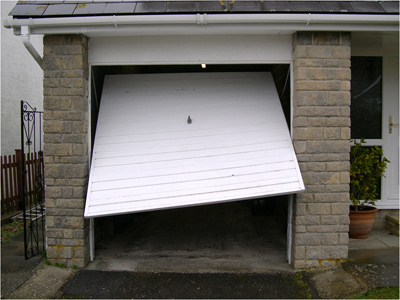 Signs Your Garage Door Needs Repairs Or Replacement Automatic
